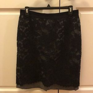 Ann Taylor Loft Gray Skirt With Black Lace Size 6